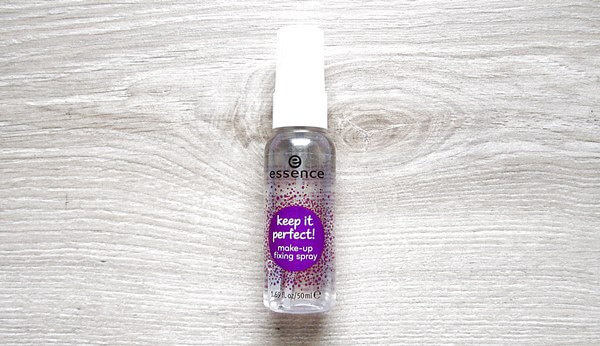 essence makeup fixing spray keep it perfect